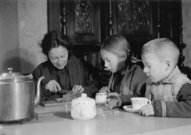 Leningrad family Nikitin