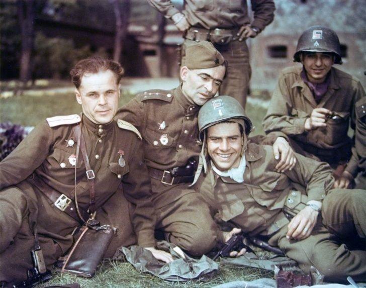 Soviet officers, American servicemen