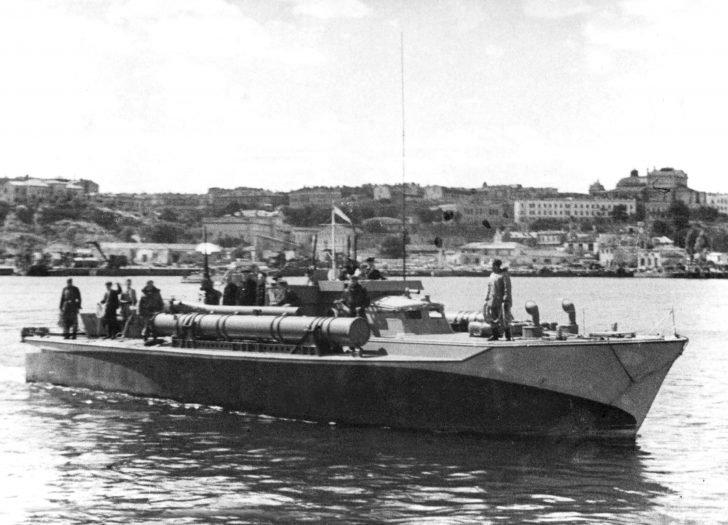 torpedo boat A-1 Vosper
