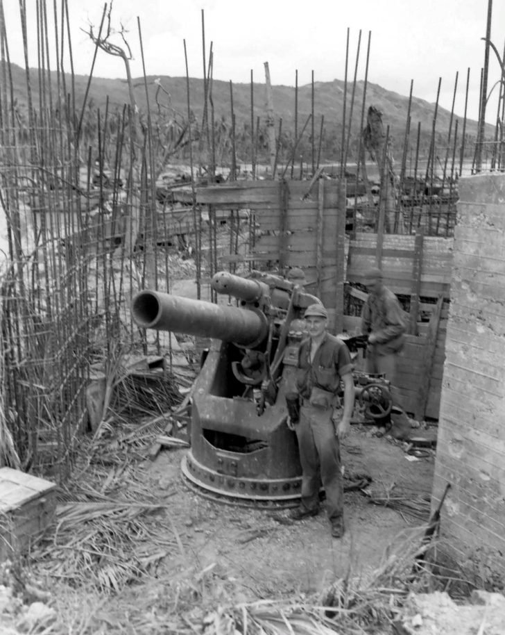 Japanese 200-mm cannon