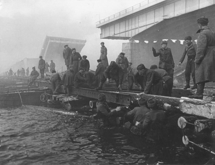 Soviet sappers