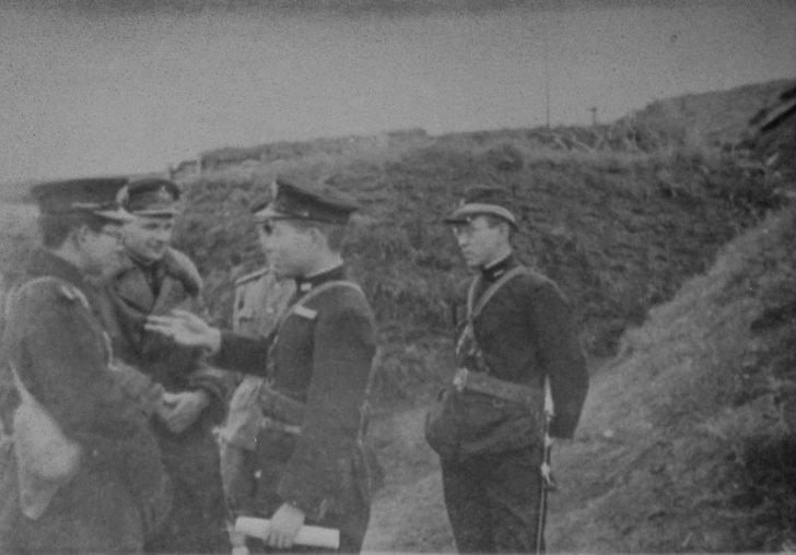 captured Japanese officers