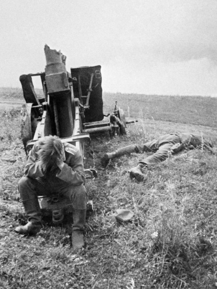 sIG.33 gunner