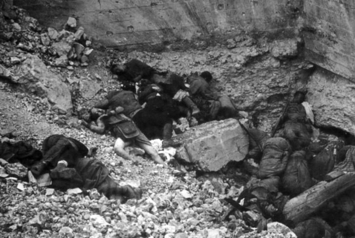 The corpses of the Red Army