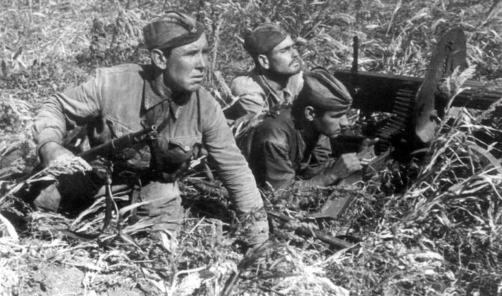 The machine gun crew
