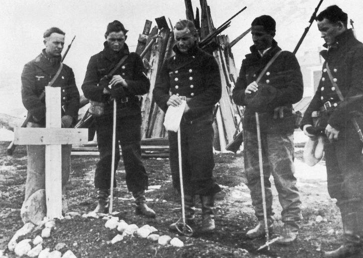 German Navy men