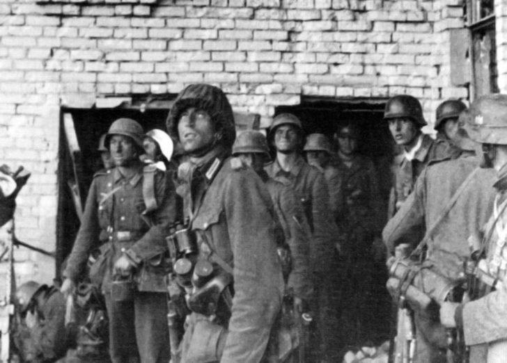 Wehrmacht infantrymen