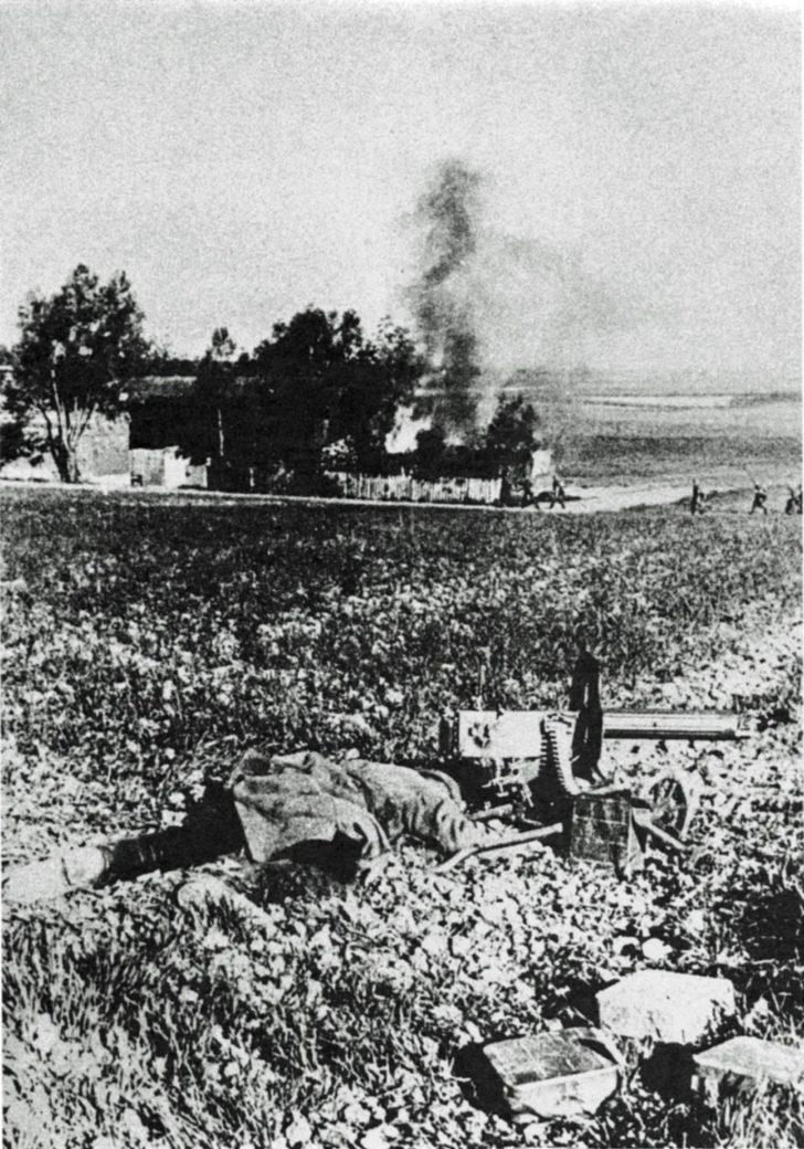 A Soviet machine gunner