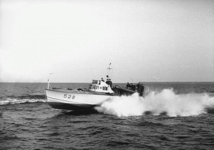 Italian MAS torpedo boat on Lake Ladoga