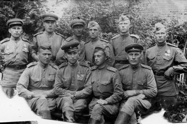 sergeants and officers from the 48th Army