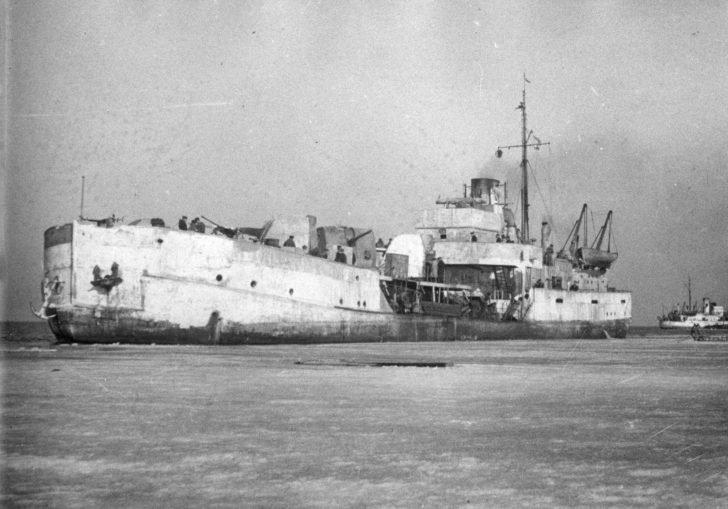 Bira gunboat