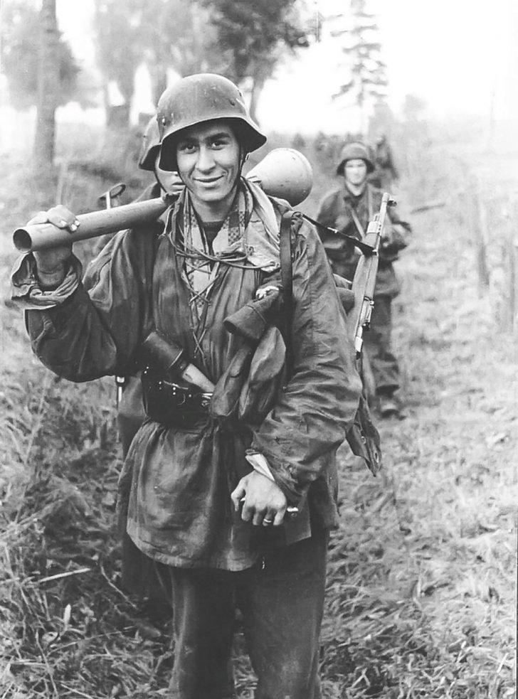 German soldier from 1st Division Hermann Göring