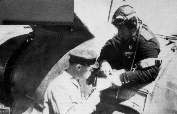 Lieutenant V. Novoyadarsky, I-153