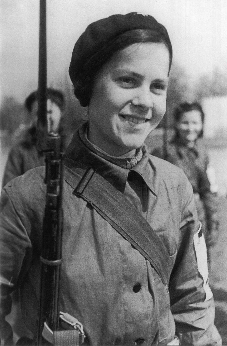 Leningrad girl V. Minkin