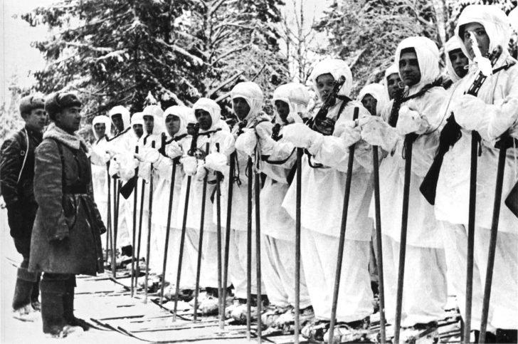 A company of Soviet skiers
