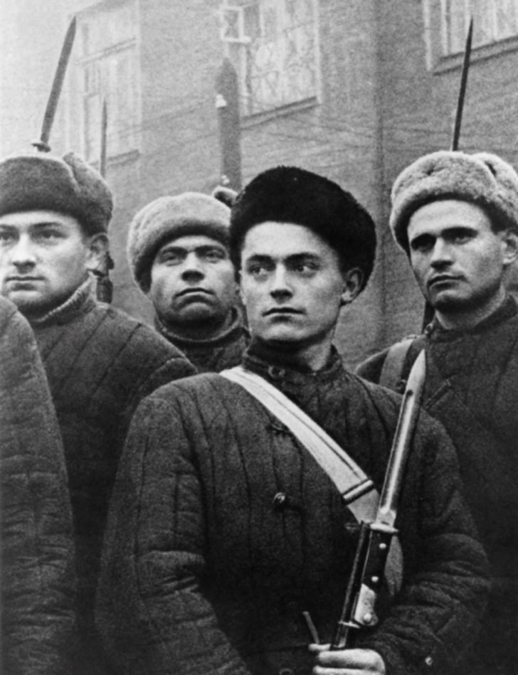 fighters of the Moscow working battalion