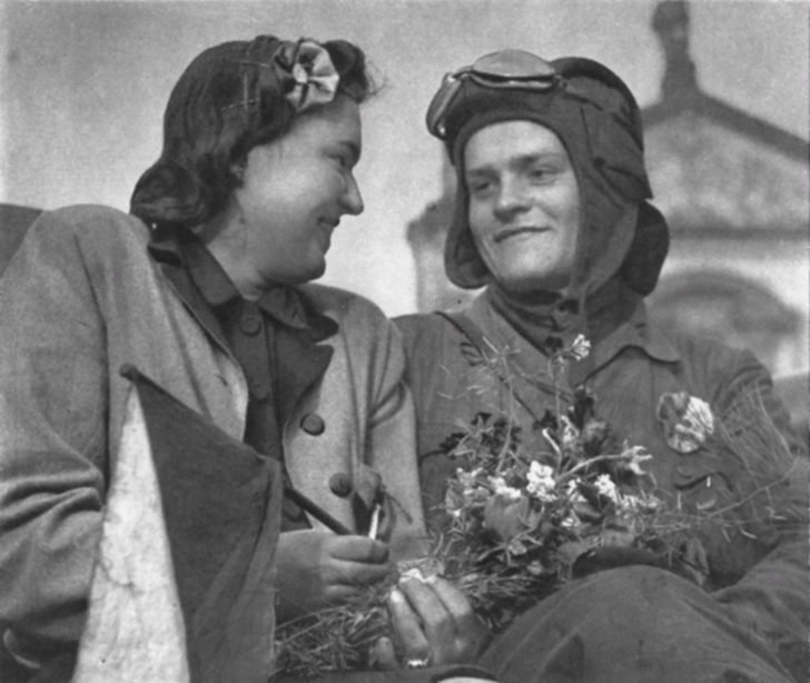 Female resident of Prague, tanker of the Red Army
