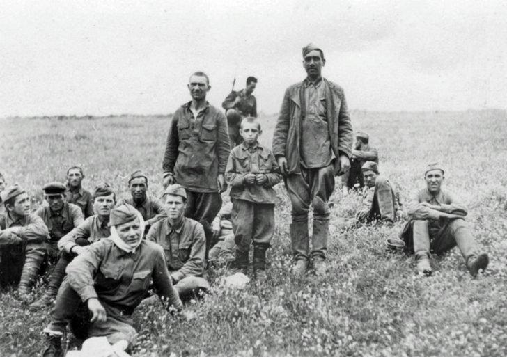 Red Army men, regimental son