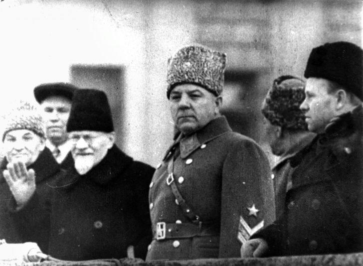 Klement Voroshilov, Mikhail Kalinin