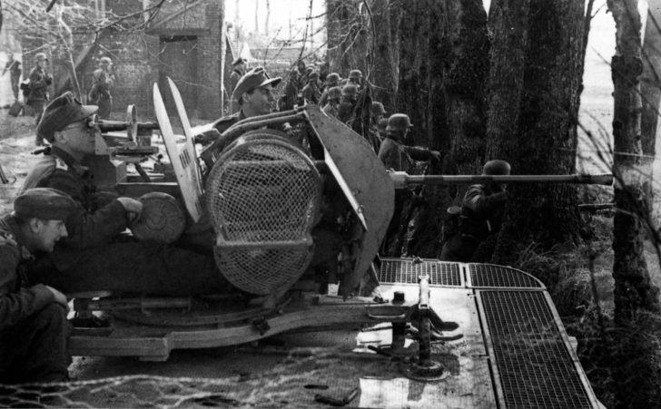 FlaK 38 anti-aircraft gun