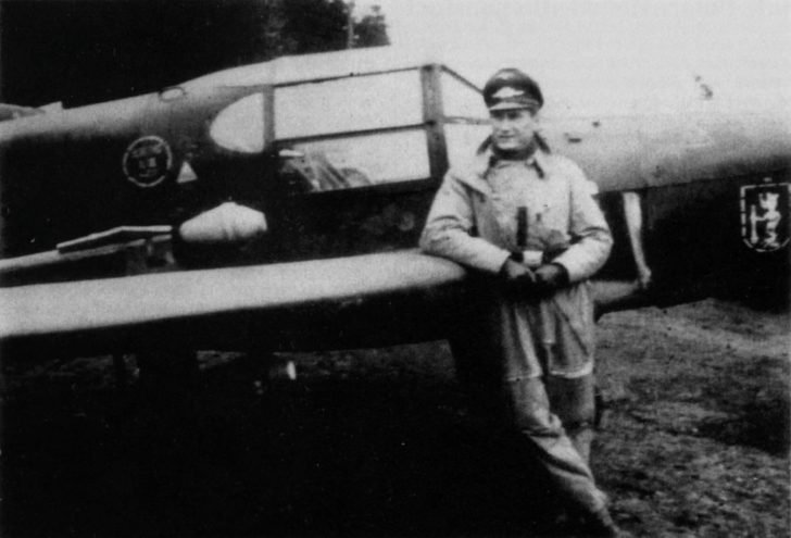 Luftwaffe officer, Bücker Bü 181