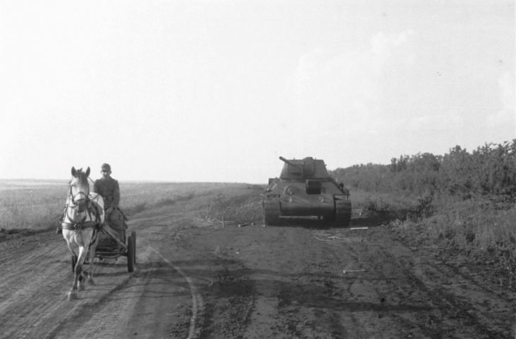 German soldier, T-34-76