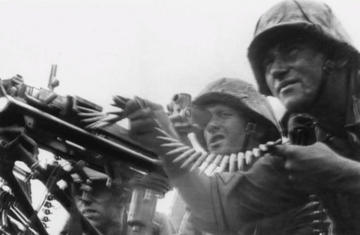 team of MG.34 machine gun