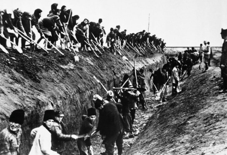 construction of anti-tank ditch