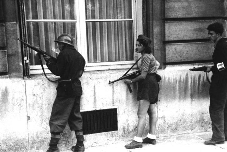 Paris Rebel patrol
