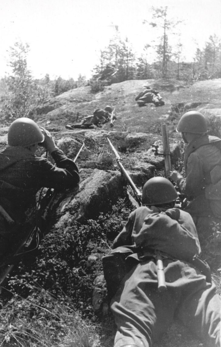 Soviet scouts on the Karelian front