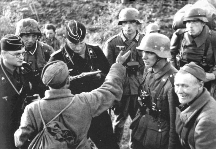 Lieutenant of the Wehrmacht's tank forces, Soviet prisoner of war