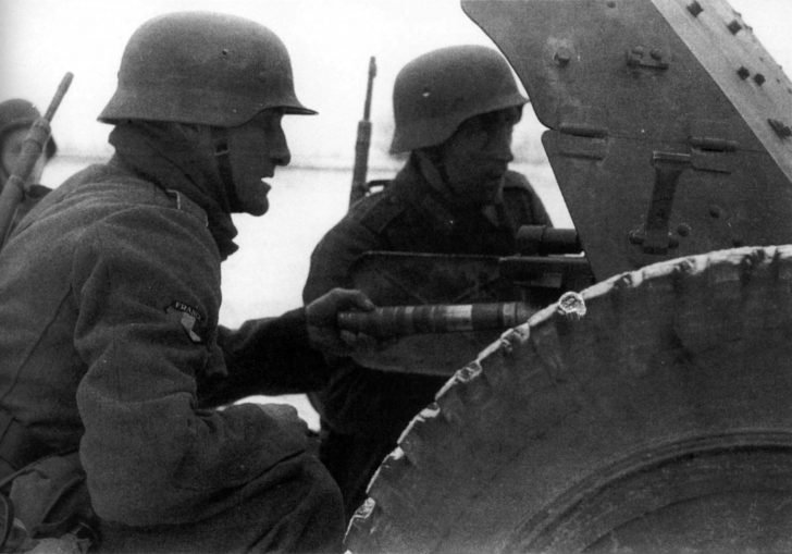 French gunners, PaK 35/36 anti-tank gun