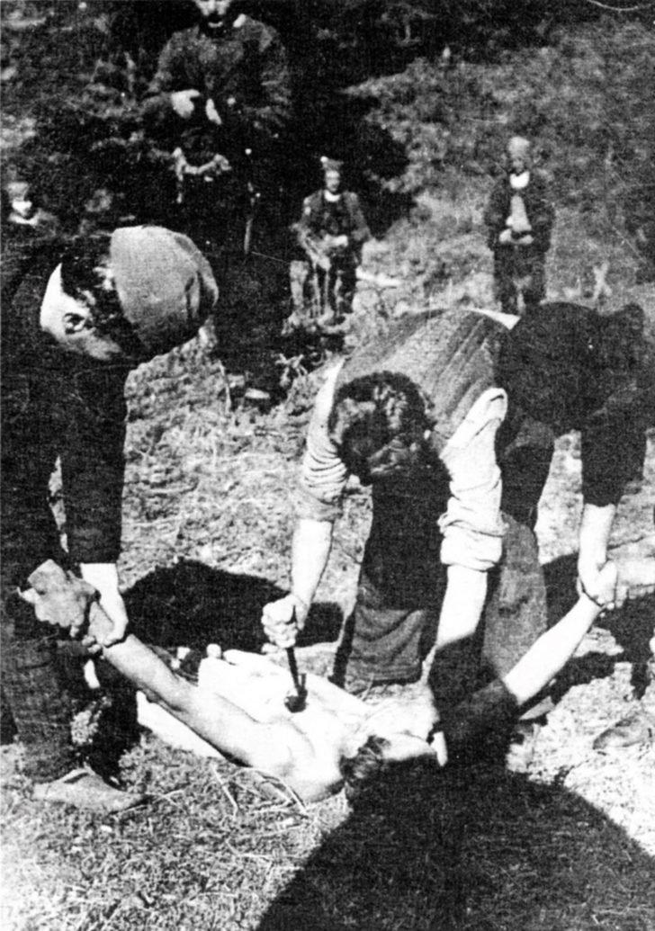 Chetniks, communist