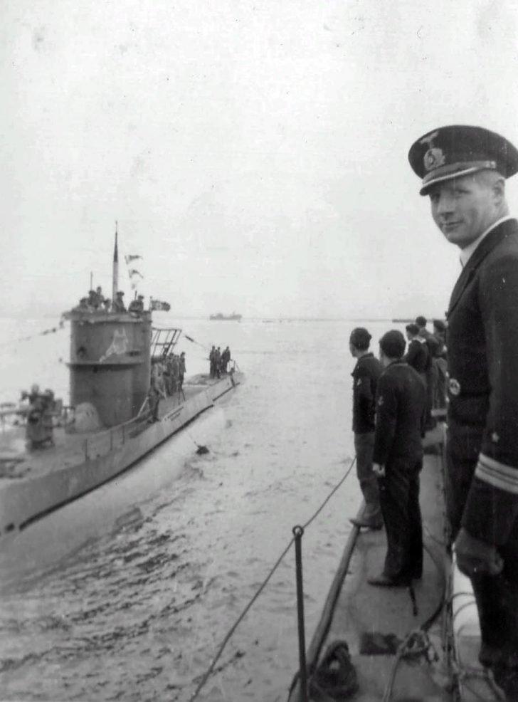 U-604 submarine
