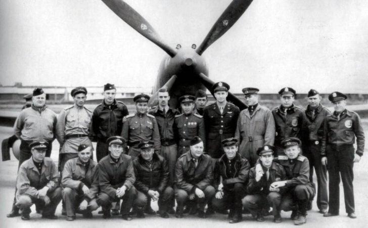 Soviet pilots, American pilots, Bell P-63 Kingcobra