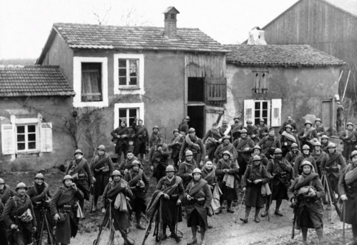 French soldiers during the Drôle de guerre