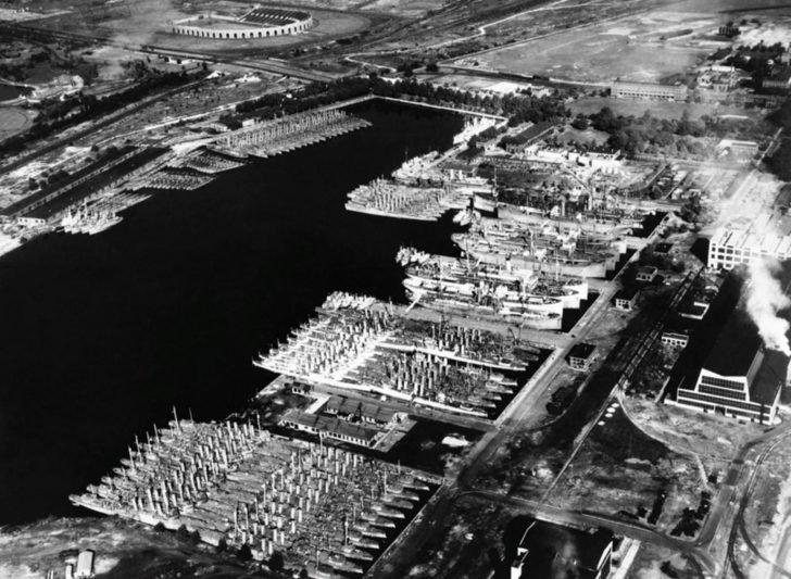 Naval Shipyard in Philadelphia