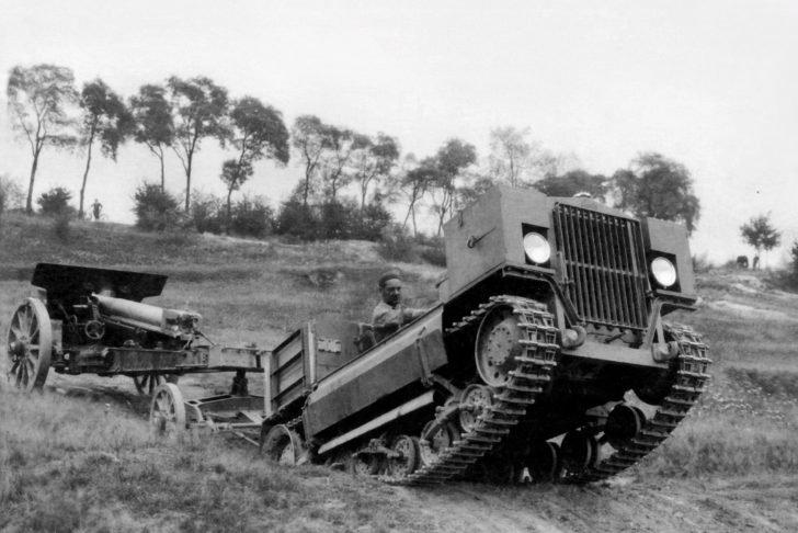 Skoda STH artillery tractor