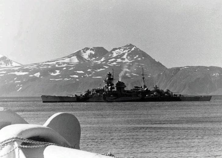 Admiral Hipper heavy cruiser