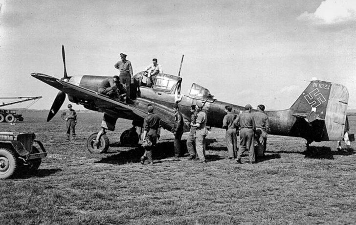 US soldier, Ju 87 bomber