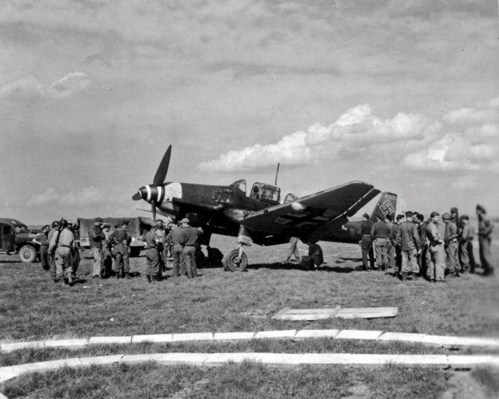 Ju 87 bomber, American soldiers