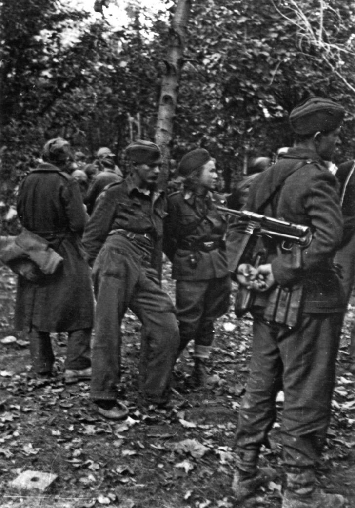 Fighters of the People's Liberation Army of Yugoslavia