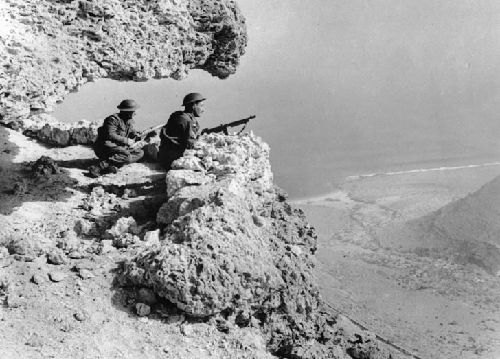 English soldiers in North Africa