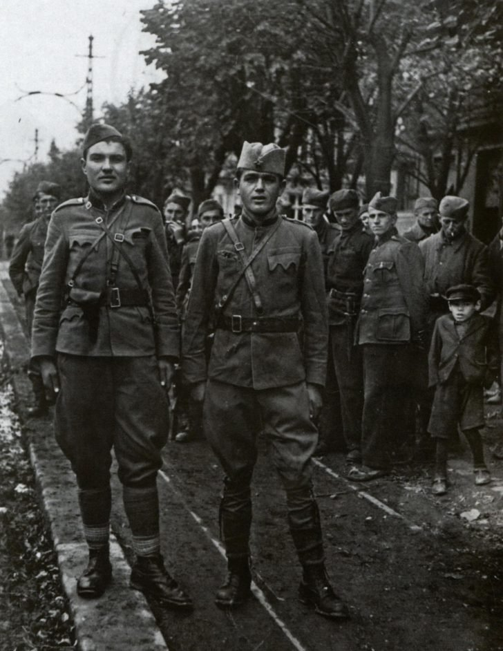 Officers of the People's Liberation Army of Yugoslavia