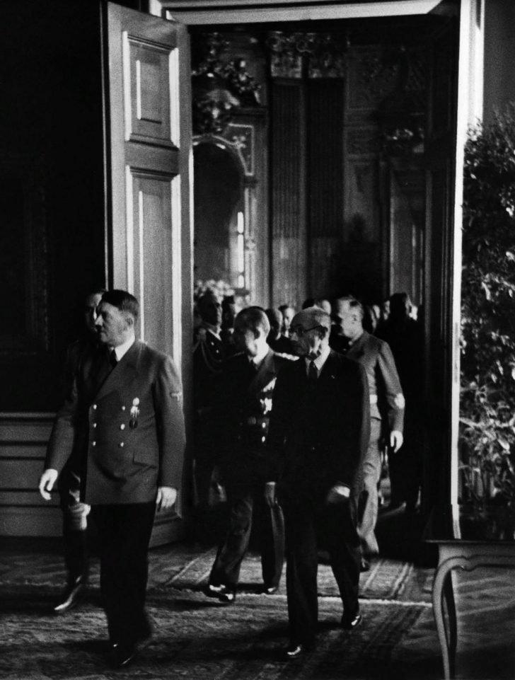 Adolf Hitler, Pal Teleki