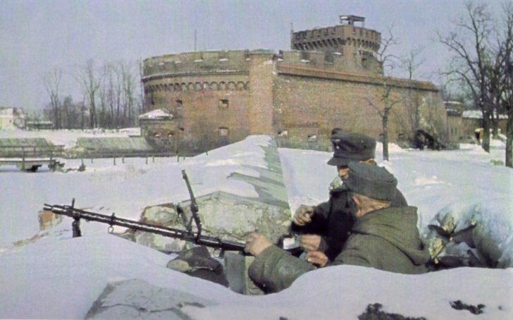 MG. 34 machine-gun team