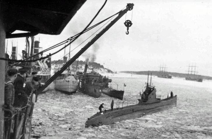 Sch-309 submarine