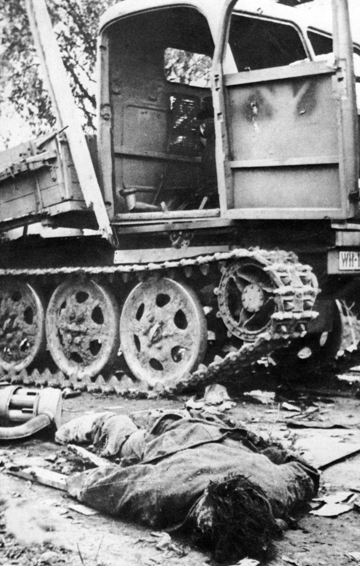 German soldier, Steyr RSO