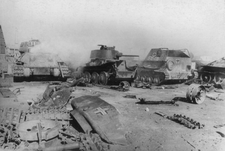 captured armored vehicles, vicinity of Koenigsberg