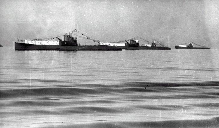 Soviet submarines, day of the Navy